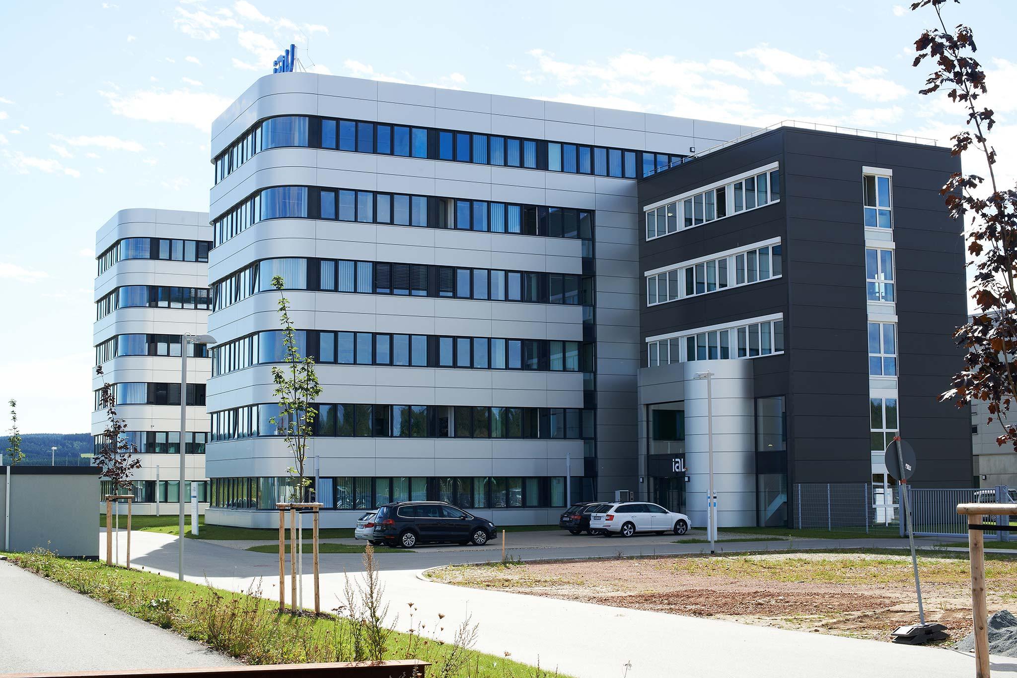 Bürogebäude IAV